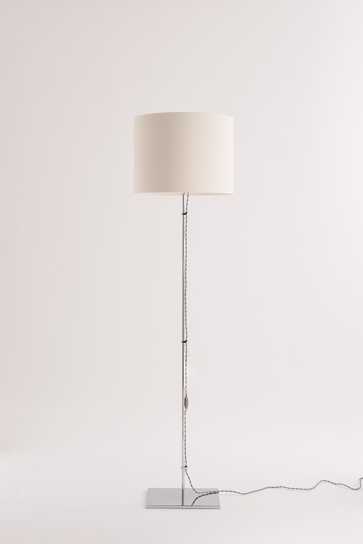 LAMPADAIRE ACIER II